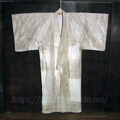 宮城県・白石紙布で仕立てられた着物